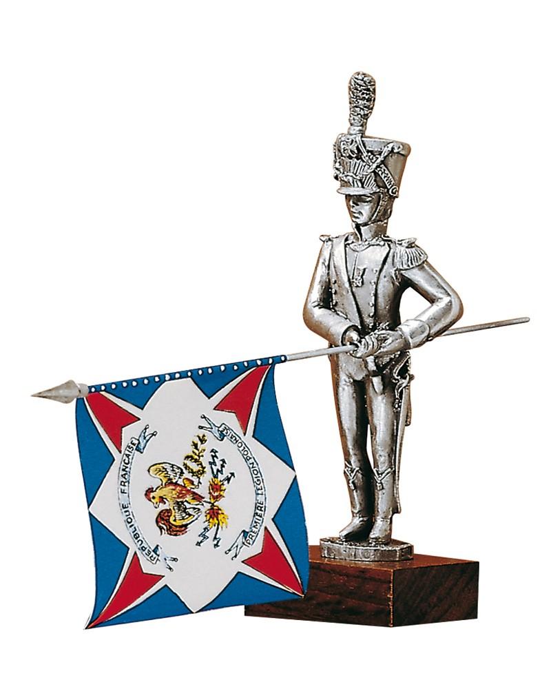 Figurine : porte-drapeaux de la légion de la Vistule, 2e régiment, drapeau 1800-1813